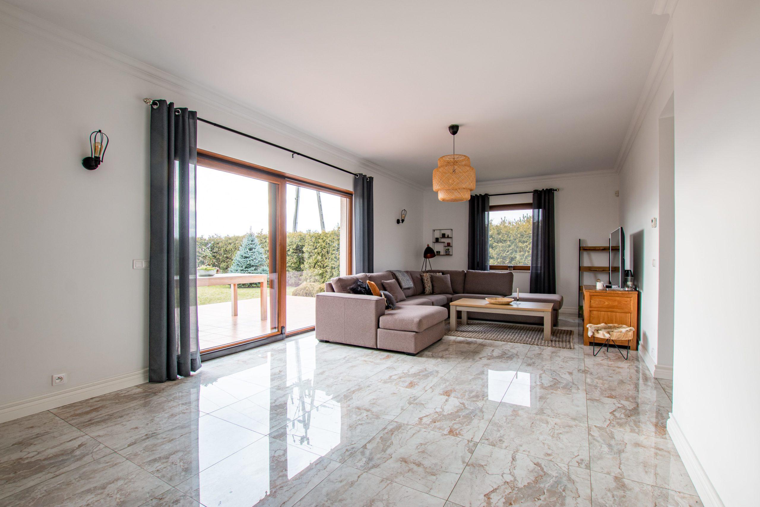 Nowoczesny, zadbany i niezwykle jasny dom (5 pokoi) 220 m2 w Więckowicach NA SPRZEDAŻ