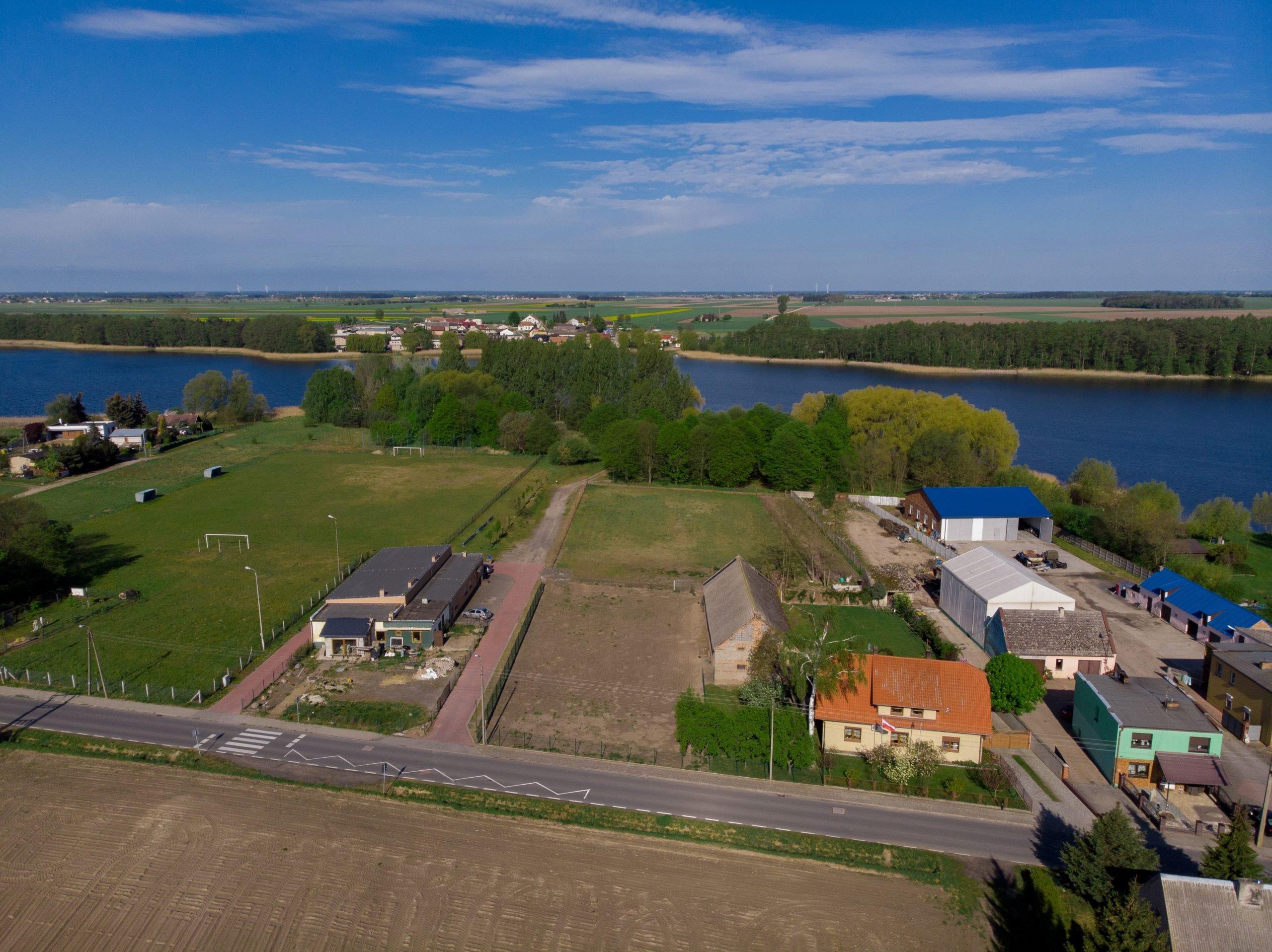 Działka budowlana nad jeziorem, Sapowice