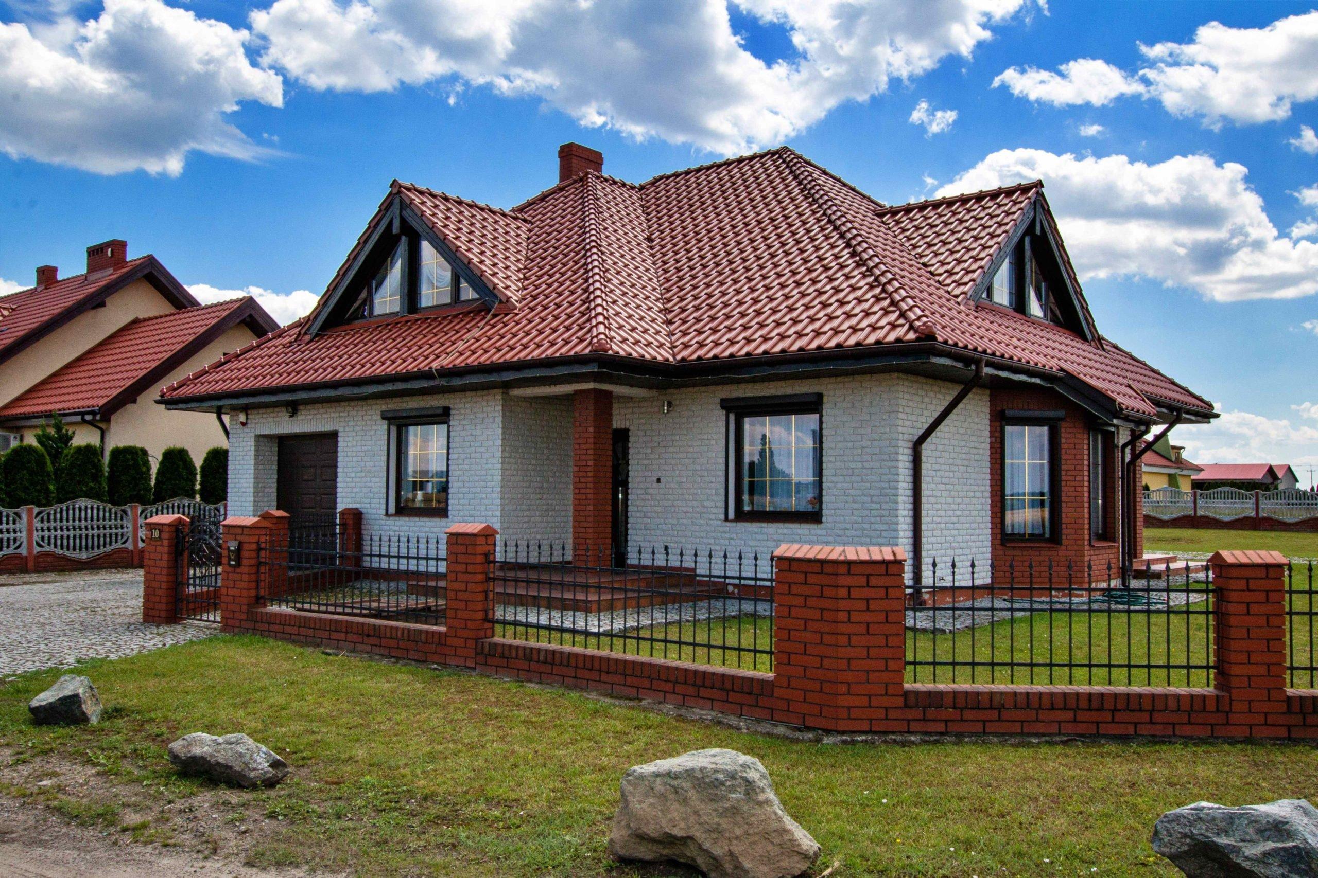 Nowoczesny i wygodny dom rodzinny Lipno k. Leszna na SPRZEDAŻ