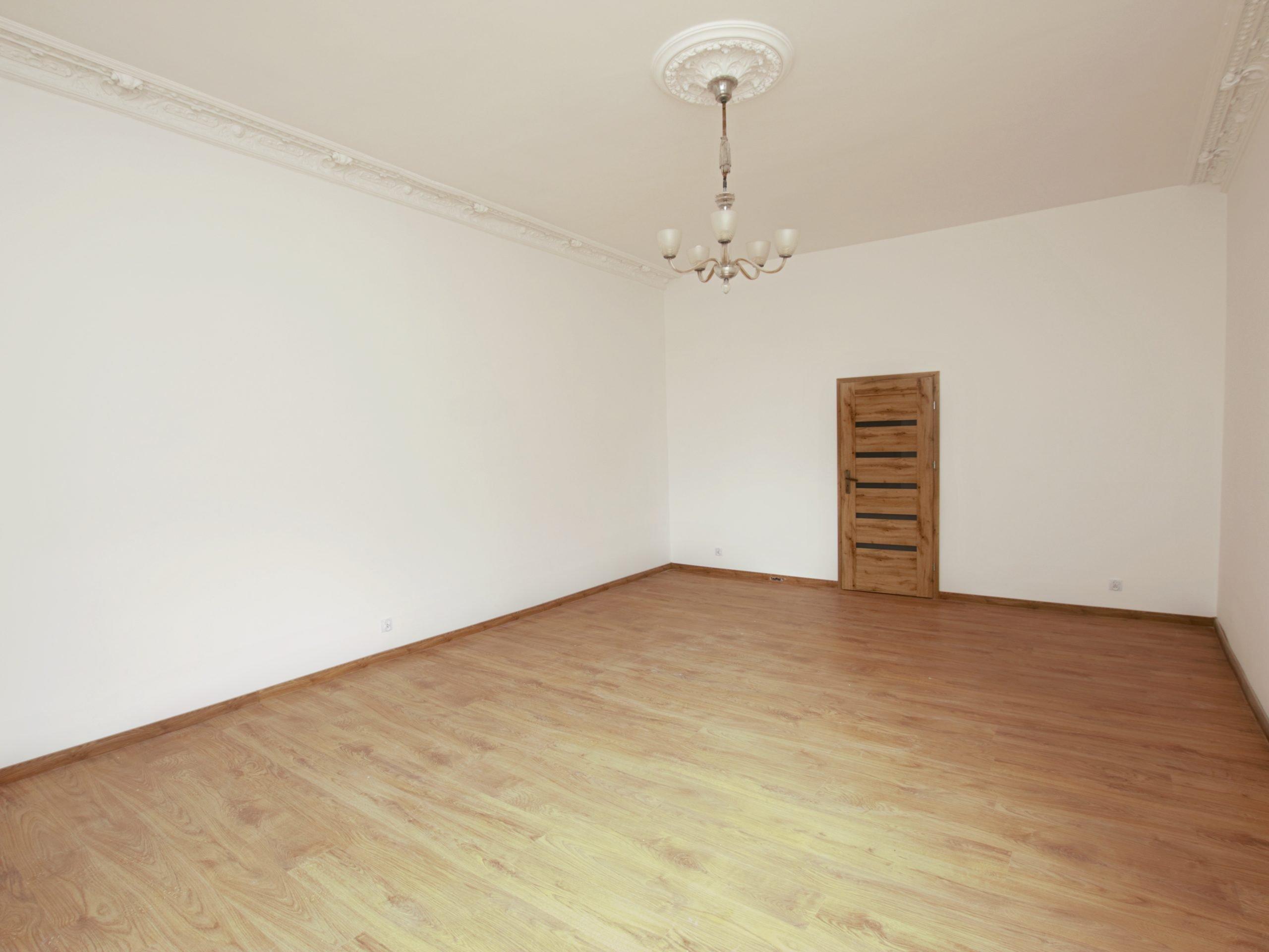 Przestronne, wyremontowane mieszkanie ok. 91,5 m2, centrum